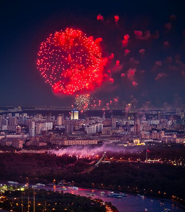 Панорамы с крыши Москва-Сити на 9-е мая