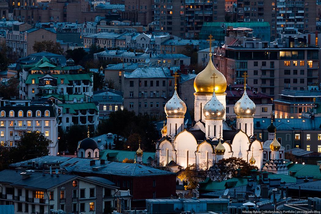 Кусочки вечерней Москвы и вторничный салют