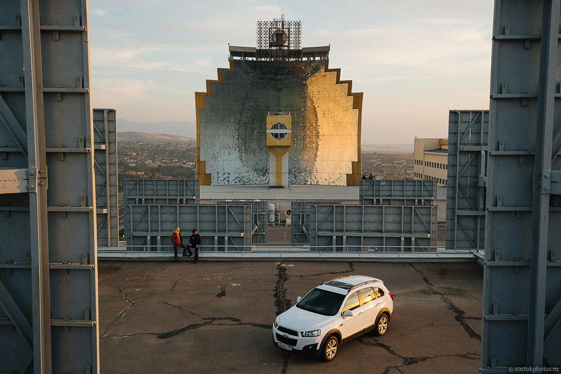 Большая солнечная печь в Узбекистане